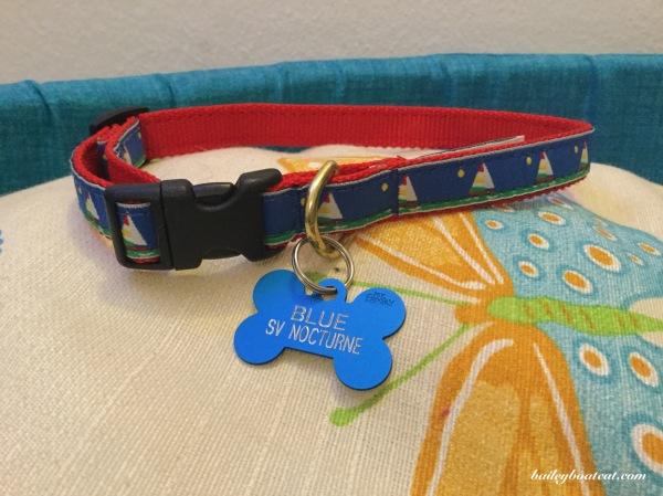 Blue's collar